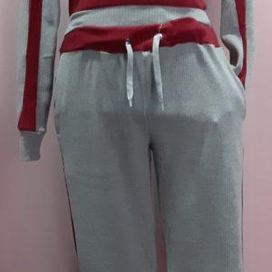 Chándal color gris y rojo